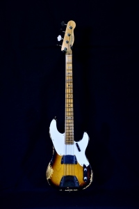 FENDER CUSTOM SHOP 55 PRECISION BASS HEAVY RELIC 2 COLOR SUNBURST