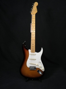 FENDER ERIC JOHNSON 1954 VIRGINIA STRATOCASTER STORIES COLLECTION