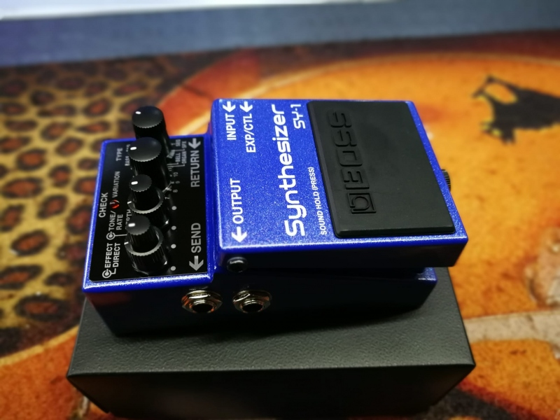 Boss Sy-1 Synthesizer  Pedale Effetto 0