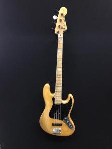 Fender Jazz 1975 Refinished Usato