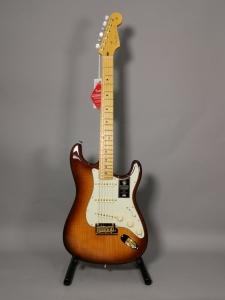 Fender 75 Anniversario Commemorative Stratocaster Mn 2Color Bourbon Burst