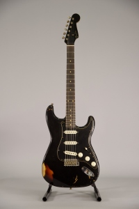 Fender Limited Dual Mag II Stratocaster Relic Aged Black Over 3Color Sunburst