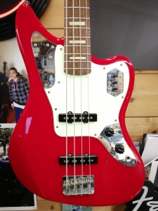 Fender Jaguar Japan Candy Apple Red Usato