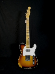 Fender Telecaster 65 Custom Heavy Relic 3 Color Sunburst