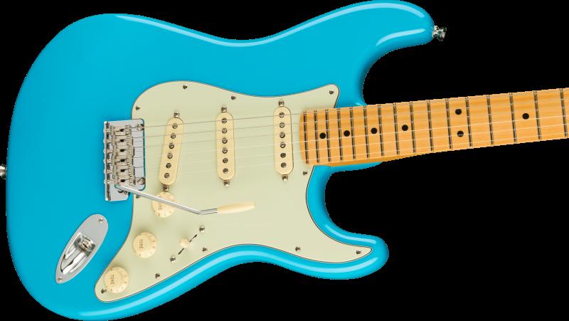 Fender American Professional Ii Stratocaster Maple Miami Blue 2