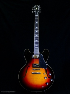 GIBSON ES-335 FIGURED ANTIQUE SUNSET BURST 2018