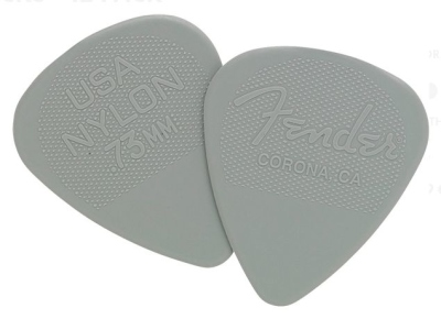 Fender Plettri 73 Mm Nylon 12 Pz