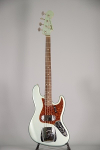Fender Jazz American Vintage RE62 Usato
