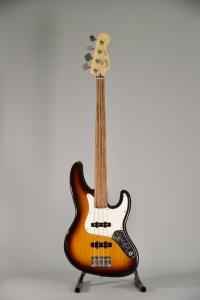 Fender Jazz Fretless 1992 Tastiera sostituita Usato