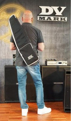 DV MARK LITTLE GUITAR BAG F1