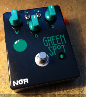 NGR PEDALE EFFETTO  TREMOLO GREEN SPOT