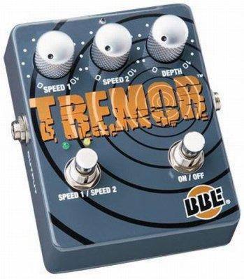 BBE TREMOR TR-63B  PEDALE EFFETTO
