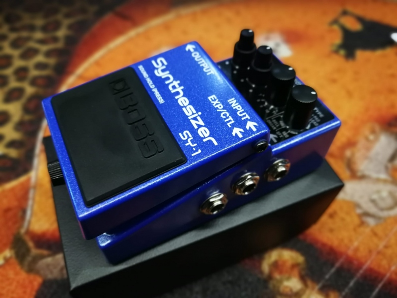 Boss Sy-1 Synthesizer  Pedale Effetto 1