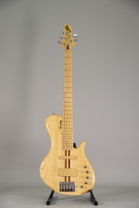 Chloe Guitars Basso Single Cut 5 Corde NT Usato