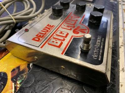 ELECTRO HARMONIX DELUXE BIG MUFF DISTORSORE/COMPRESSORE usato