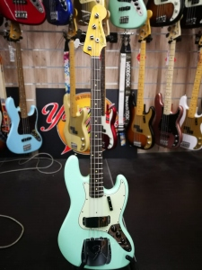FENDER JAZZ CUSTOM SHOP 62 JOURNEYMAN AGED SURF GREEN