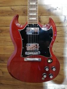 Gibson Sg standard cherry '96 usata